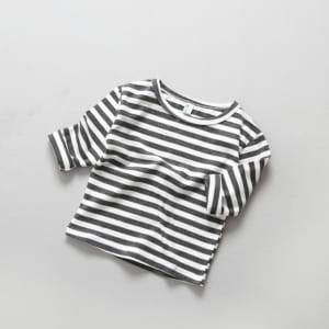áo thun kẻ ngang em bé