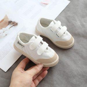 giày dép bé sơ sinh