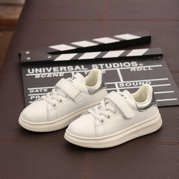 Giày da em bé